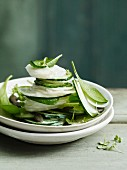 Radish salad with spinach and pumpkin seeds