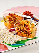 Carrot coleslaw with redcurrants and rice crackers