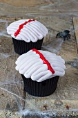 Two gruesome cupcakes for Halloween