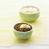 Unpeeled green lentils with rice