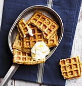 Banana waffles with stevia and almond (low carb)