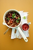 Chilli con carne with tomato salsa