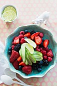 Berry salad with cucumber and lime