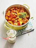 Kartoffelgulasch mit Tomaten & Paprika