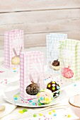 Cake pops in Easter packaging