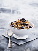 Naked oat muesli with yoghurt, cinnamon and blueberries