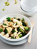 Fried chicken with broccoli and cauliflower