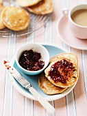 Buttermilk pikelets (Australian pancakes) with raisins and jam