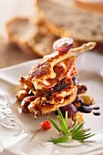 Grilled quail with bacon
