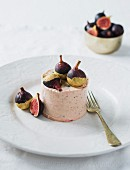 Fig mousse with white chocolate