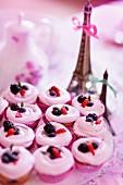 Beeren-Cup Cakes