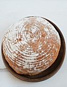 Frisch gebackener Brotlaib