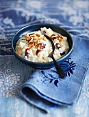 Honey rice pudding with almonds