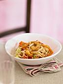 Prawns with oriental noodles