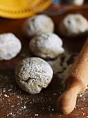 Balls of dough for making crispbread