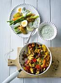 Ernährung bei ADHS: Frühlingsgemüse mit Dip & Gemüsepfanne