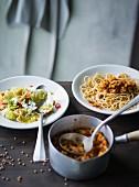 Ernährung bei ADHS: Farfalle mit Spitzkohl & Spaghetti mit Linsen-Bolognese
