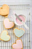 Butter biscuit hearts with icing sugar