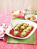 Gratinated mushrooms with a ricotta and tomato sauce