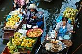 Floating market stalls in Bangkok