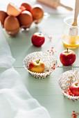 Backzutaten für Apfelmuffins