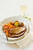 Roast beef with carrots and potatoes for Mother's Day
