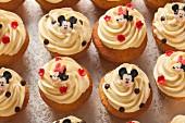Vanillecupcakes für eine Kinderparty
