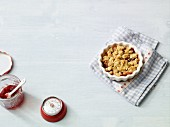 Pear crumble with cranberries