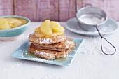 Vegane Pancakes mit Apfelsirup