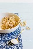 A bowl of whitecurrants