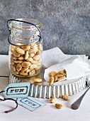Caramelised almonds with fleur de sel