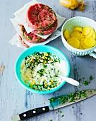 Hamburgers, Frankfurt green sauce and new potatoes