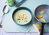 Celeriac soup with coconut milk and Apple