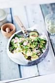 Kartoffelsalat mit Radieschen & Rucola als Beilage zum Raclette
