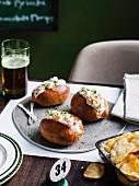 Crab rolls with potato crisps