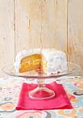 Mango and meringue cake