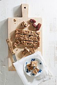 Muesli bars with dates and nuts