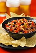 Bean and tomato salsa with nachos (Mexico)