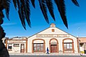 Historische Kegelbahn und Ball-Saal in Lüderitz, Namibia, Afrika - hier wird nicht mehr getanzt aber noch gekegelt