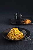 Linguine with garlic and mustard crumbs
