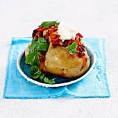 Ofenkartoffel mit Chilli con carne