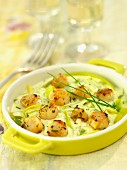 Scallops in leek cream