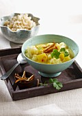 Cauliflower curry with potatoes and dates