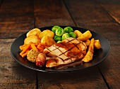 Turkey breast with potatoes, Brussels sprouts, parsnips and gravy