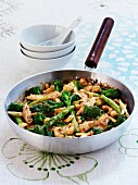 Chicken stir fry with broccoli and cashew nuts