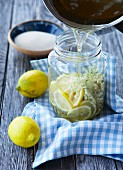 Elderflower syrup with lemon slices