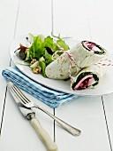 Wraps mit Ei, Rote Bete und fruchtigem Salat