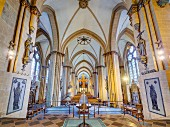 The imposing nave of the Paderborn Cathedral