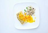 Zander mit Safran-Physalis-Sauce und Reis