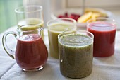 Green and red smoothies